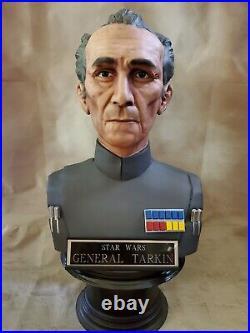 STAR WARS GENERAL TARKIN LIFE SIZE BUST 11STATUE, GREEDO ACKBAR + Sideshow Book